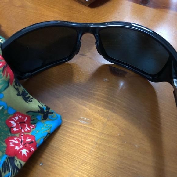 dbc72a7b746 Big Wave polarized wrapped sunglasses. M 5c286b81c9bf50c50c74ee5e